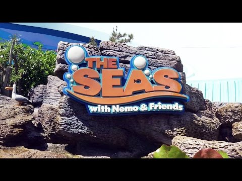 The Seas with Nemo & Friends - ON RIDE - PandaVision - Epcot - Walt Disney World