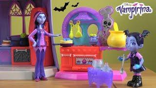 Vampirina Thanksgiving Dinner Mishap Story with NEW Vampirina Kitchen and Magical Vanity Toys