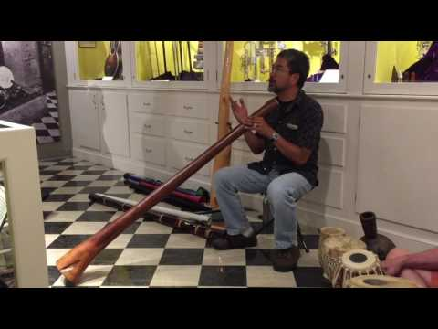 Didgeridoo and Drums at MOMM