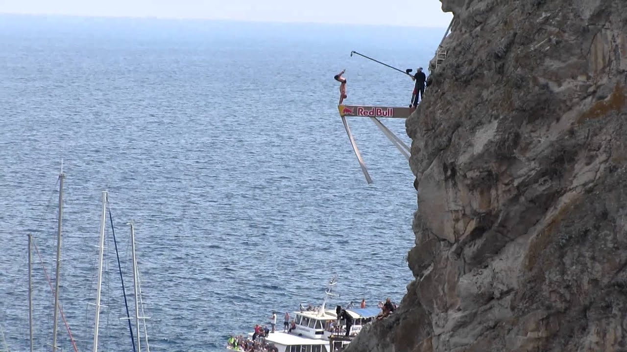 финальный победный прыжок на red bull cliff diving yalta 2011