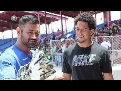 Ms Dhoni with Baseball Champion Jon Jays meet in USA 2016 India vs West Indies Team India