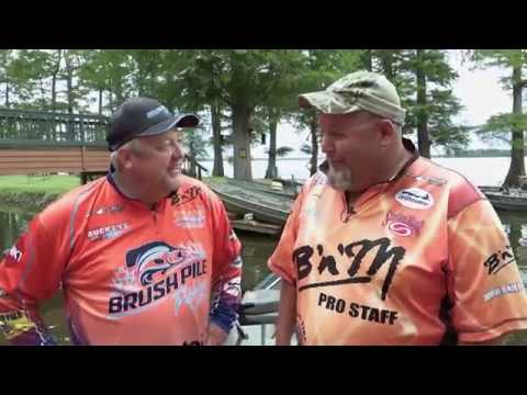 Russ Bailey and Billy Blakley on Reelfoot Lake (Bluegill and Shell Crackers)