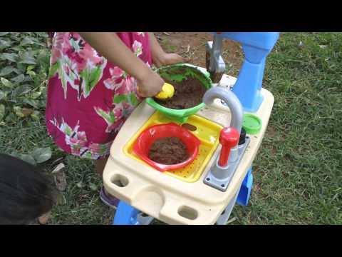 Little Tikes Toys | Makin Mud Pies Kitchen Set Toy Review