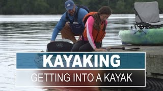 How to Get Into and Out of a Kayak Smoothly and Safely