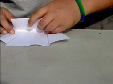 the best paper plane ever!!!