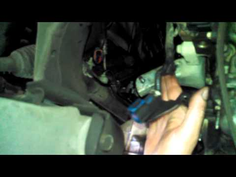 Ford Escape rear exhaust manifold replacement OVERVIEW  3.0L V6Install Remove Replace How to