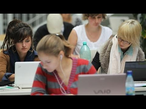 Can Renting Textbooks Help Bring College Costs Down?