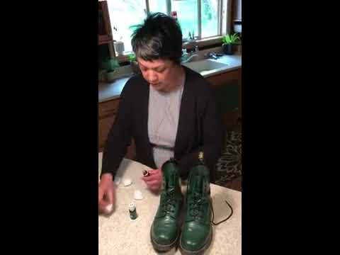 How to Get Rid of the Smell in Smelly Shoes by using Young Living Essential Oils
