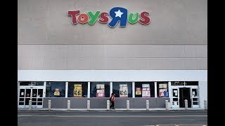 Everything Must Go!Toys 'R' Us Will Close All of Its Doors Forever This Friday After More
