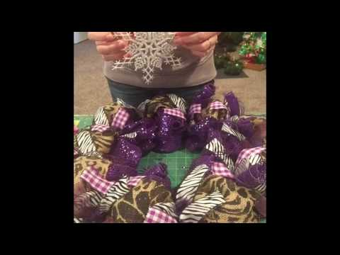 How to add decorations/embellishments to your wreath, adding embellishments to any wreath