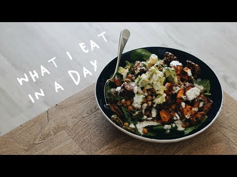 WHAT I EAT IN A DAY (Vegan) | Easy & Delicious Recipes!