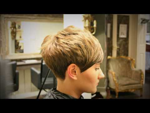 Freehand Clippering {no guard} Taper, Short Pixie Graduated Girls Haircut