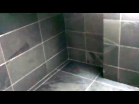 Bathroom complete whith black slate tiles