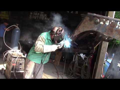 Ya ya---welding a skid steer