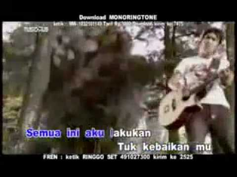 Download ST12 - Cinta Tak Direstui MP3 Gratis