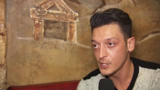 Zu Besuch bei Mesut Özil in London