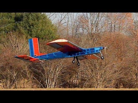 Hoos Flying at UVA: HF-18 Successful Maiden Flight 12/03/17