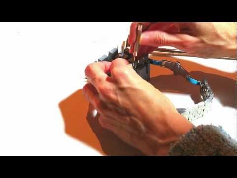 How to remove links from a watch band