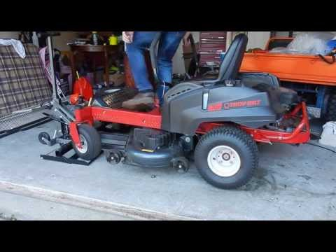 How to Change the Oil in a Troy-Bilt Mustang 50