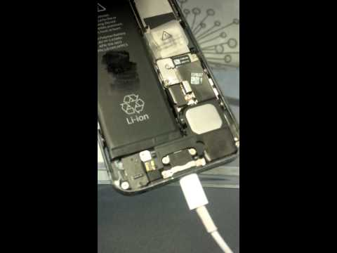 iphone 5 no display, weird sound, or vibrate twice, gets hot does not boot.  help please