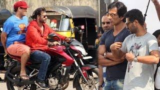 Ajay Devgn & Sonu Sood On Sets Of Action Jackson - CHECKOUT
