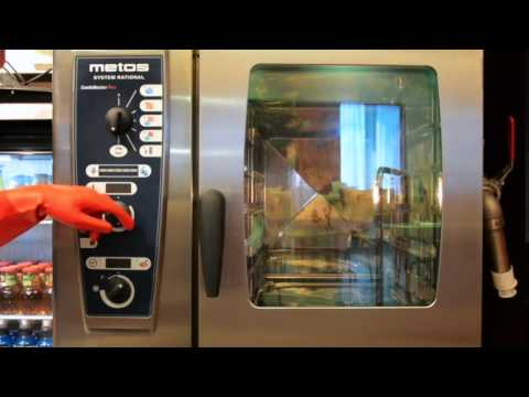 Training video: Metos CombiMaster Plus combi steamer / cleaning with the cleaning program