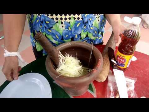 papaya salad (Som tam Laos recipes ) simple recipes. Delicious traditional