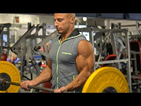 My Top 5 Exercises For Bigger Biceps