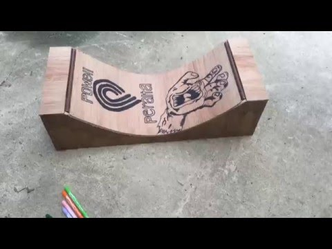 How to make a mini skate ramp -  halfpipe for tech decks and mini skate boards