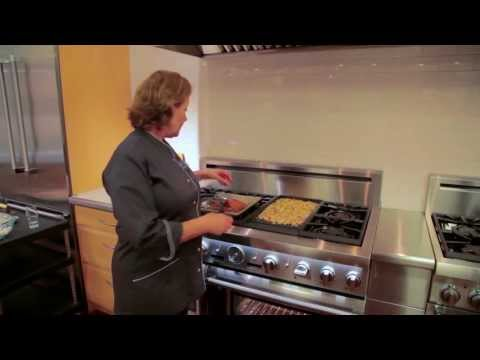Thermador E-Griddle - The Perfect Tool for Stress Free Cooking