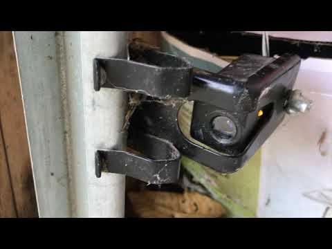 Garage Door won't close - How to align Safety Reverse Sensors - FAST & EASY!