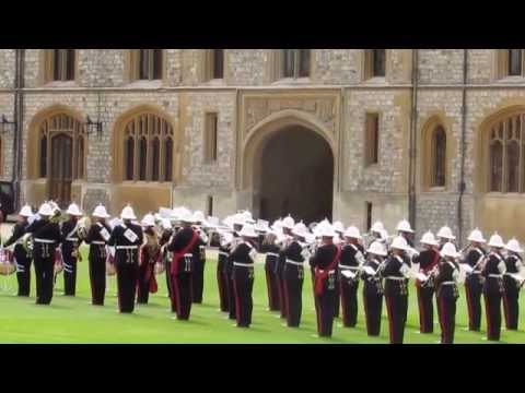 The Changing of the Guards ceremony at Windsor Castle   ZagLeft