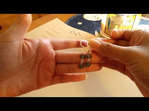 How to make a simple pair of earrings