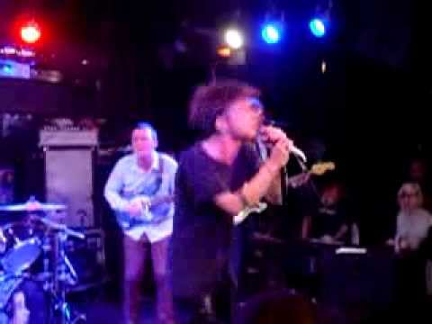 come a little closer cage the elephant kroq 9 20 13
