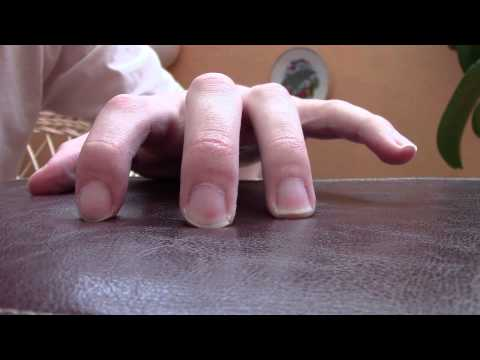 Guitar Lesson: Dexterity and Stretching Exercises for Fingers