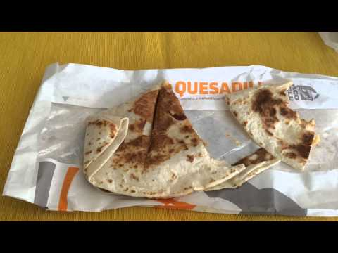 Taco Bell's DOUBLE CRISPY CHICKEN QUESADILLA Review