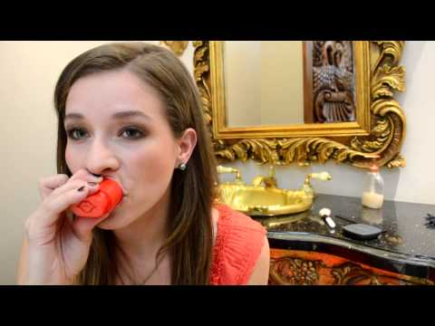 How to get bigger lips in seconds.