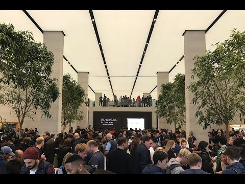 NEW Apple Store and NEW PlayStation VR - Vlog 003