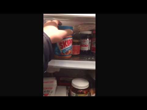 How to clean my refrigerator - Day 1