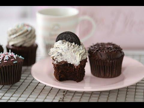 CHOCOLATE CUPCAKE WITH GANACHE & OREO CREAM
