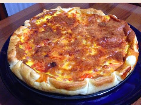 Savoury Puff Pastry Tart with Eggs, Bacon and Tomato Recipe