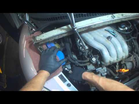 VW A4: New Beetle 2.0L Timing Belt (Part 1)