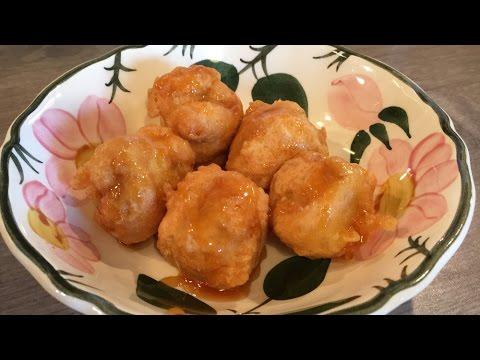 Fried Banana Fritters with Honey (Gebackene Bananen mit Honig)