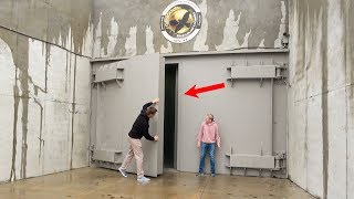 Download What's inside a Luxury Doomsday Bunker? Video