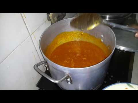 Thelma's kitchen / how to prepare okro and ogbono soup