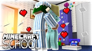 Minecraft School - LITTLE LIZARD FINALLY KISSES HIS CRUSH!?