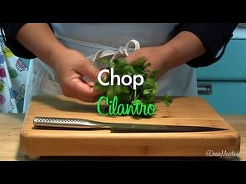 How to Chop Cilantro