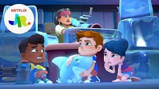 The Freezing Shark Hunter Escape 🧊 Sharkdog   Netflix Jr.