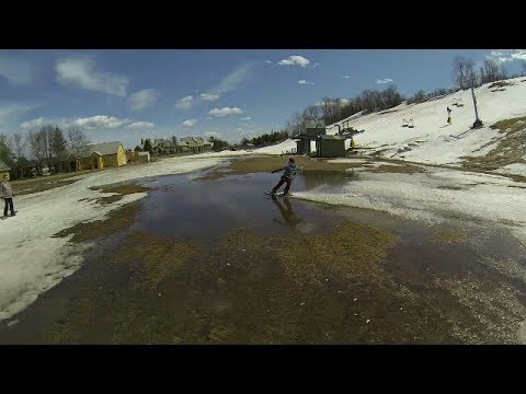 Spring Snowboarding&Skiing with Creeks&30ft Puddle skipping