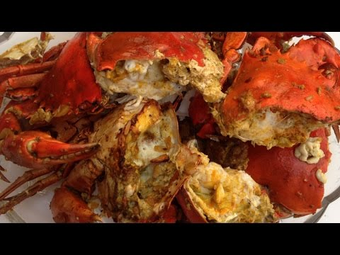 How To Cook Delectable Garlic Butter Crab - DIY Food & Drinks Tutorial - Guidecentral
